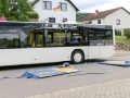 Bus kracht in Bierstand-2