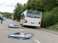 Bus kracht in Bierstand-4