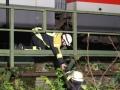 Regionalbahn kracht in umgestürzten Baum 6