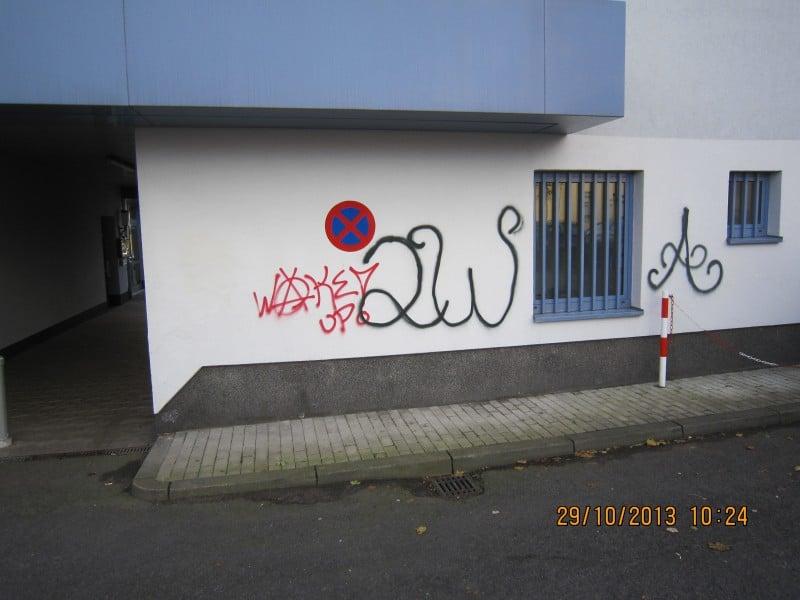 Dreiste Graffiti-Sprayer verursachen enormen Sachschaden