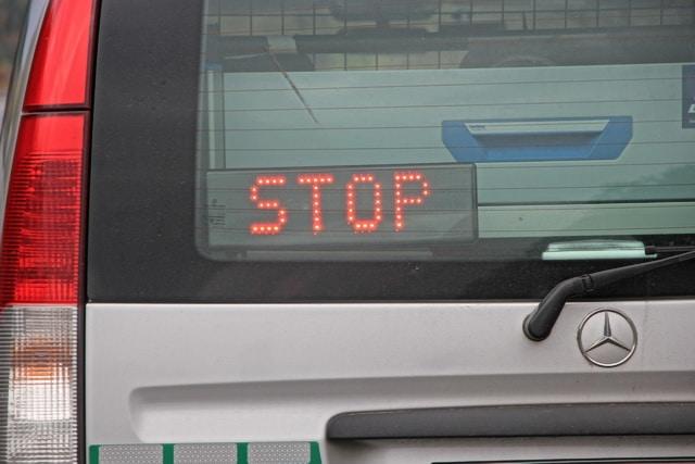 Citroen-Fahrer nötigt Peugeot-Fahrer in Geislautern - Blaulichtreport-Saarland