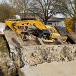 120 Tonnen Bagger in Neunkirchen umgekippt