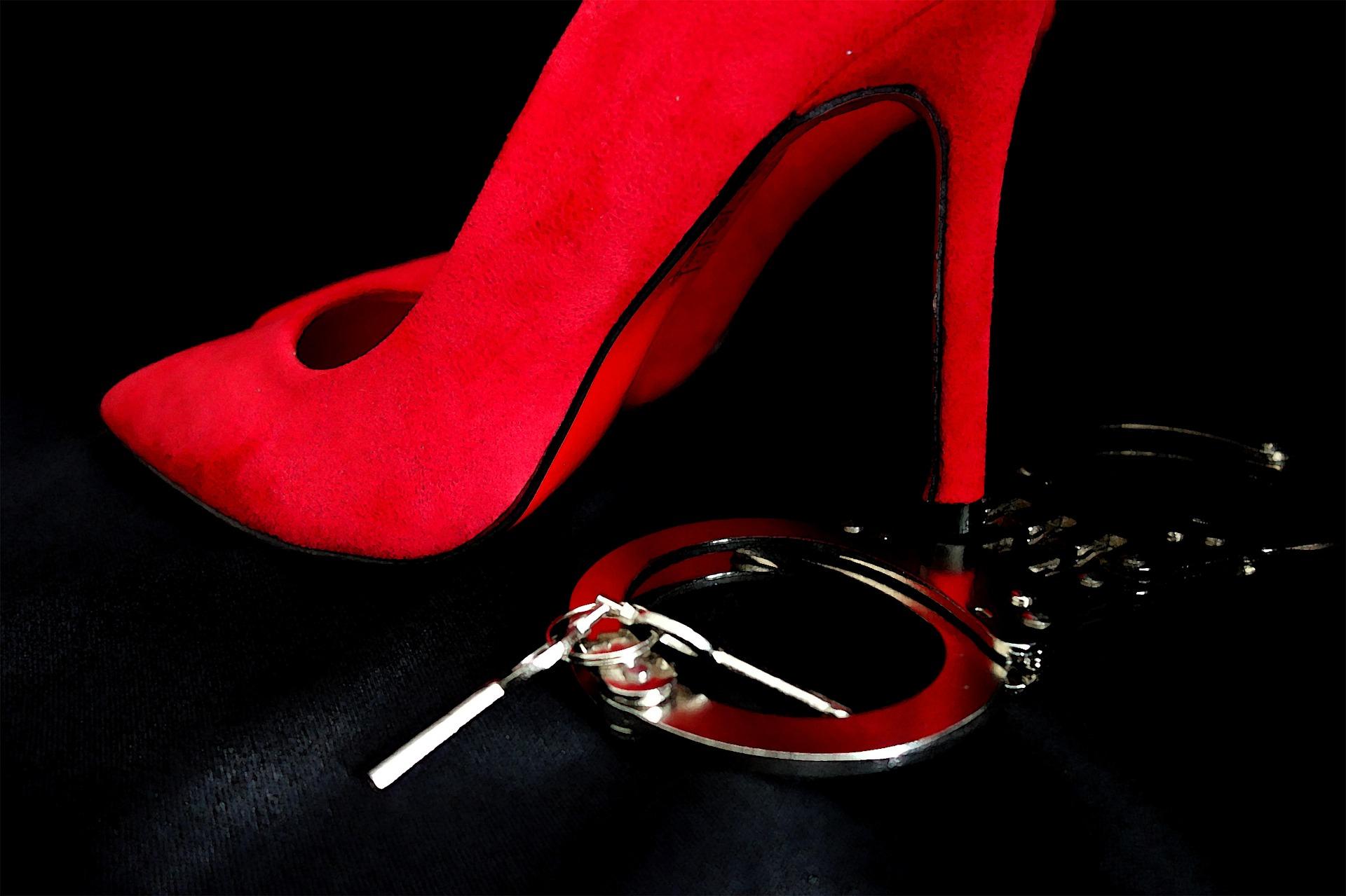 Zu schneller Sex! | (Un)befriedigter Mann (18) zeigt Prostituierte an