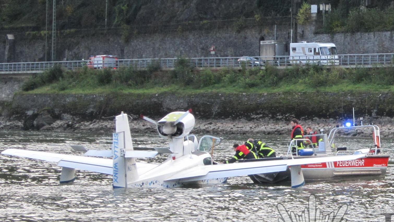 Notlandung auf dem Rhein