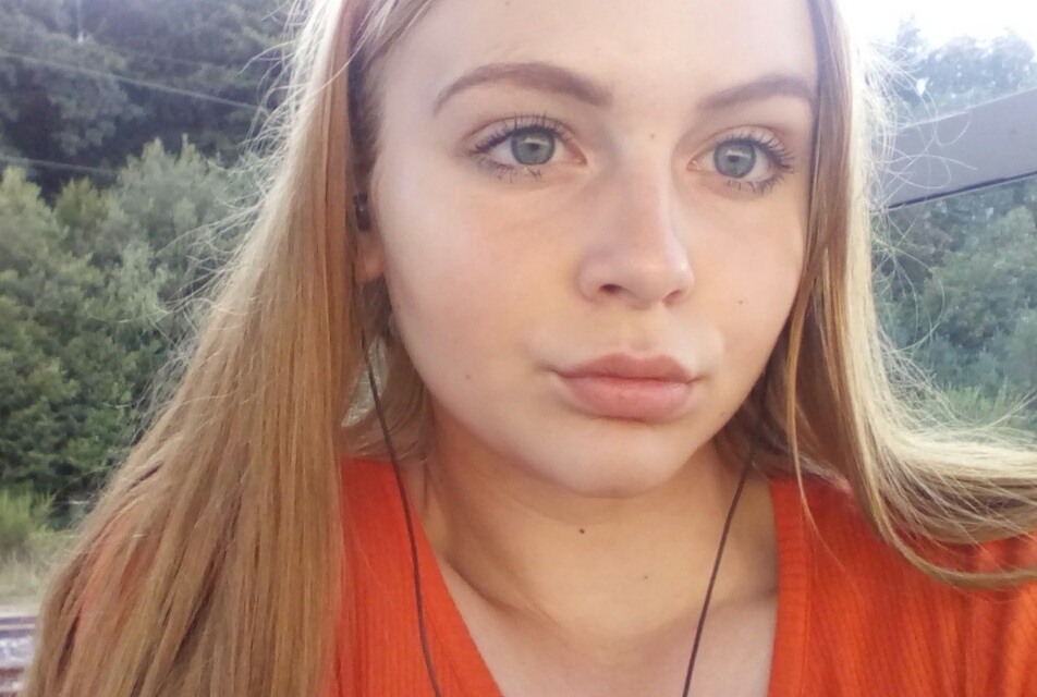 15 Jähriges Mädchen